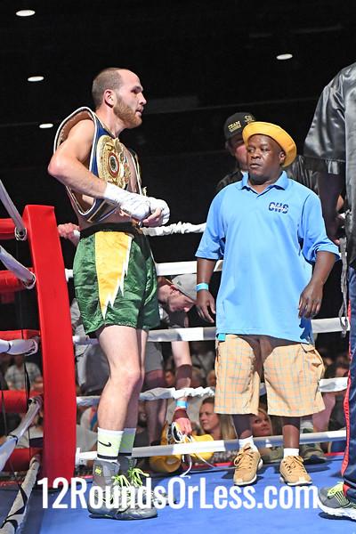 Bout 2 Aaron Quattrocchi, Black Wrist-wraps -vs- Mickey Scarborough, Blue Wrist-wraps, Pro Boxing