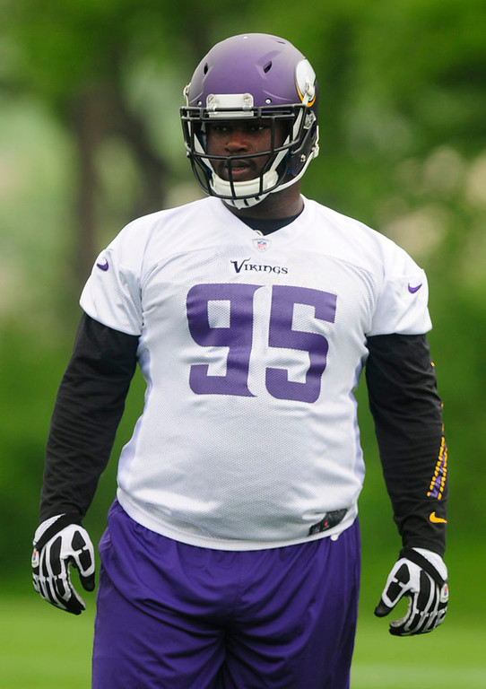 . Rookie defensive tackle Sharrif Floyd works out during the team\'s practice in Eden Prairie on Wednesday. (Pioneer Press: Scott Takushi)