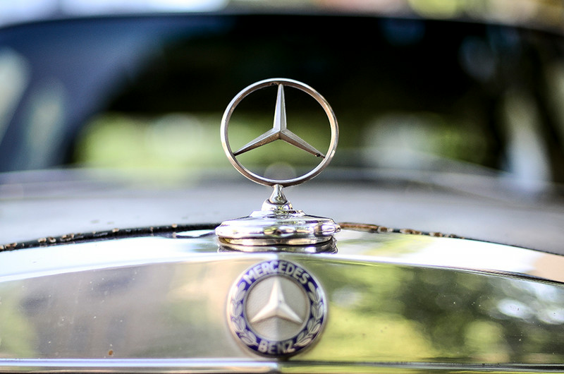 0728 Mercedes Benz  Oh Lord, won't you buy me a Mercedes Benz?