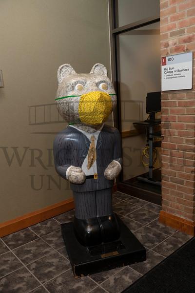 54890 Rowdy Raider Statue in Rike Hall 9-14-20