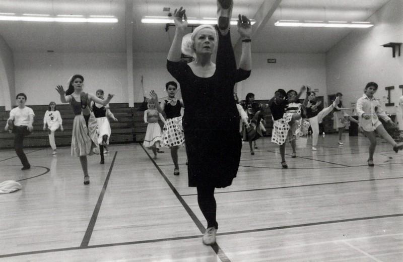 Dance_2261_a.jpg