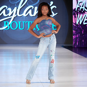 07 JAYLANIS BOUTIQUE
