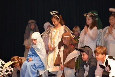 2011-12-20 Christmas Program & 6th Gr