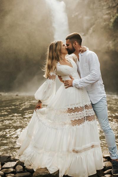 Victoria&Ivan_eleopement_Bali_20190426_190426-105.jpg