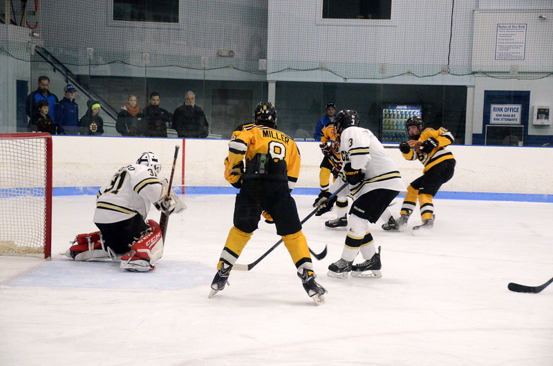 150103 Jr. Bruins vs. Providence Capitals-033.JPG