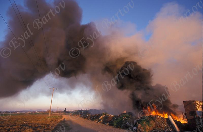 שריפת ניילון 4.jpg