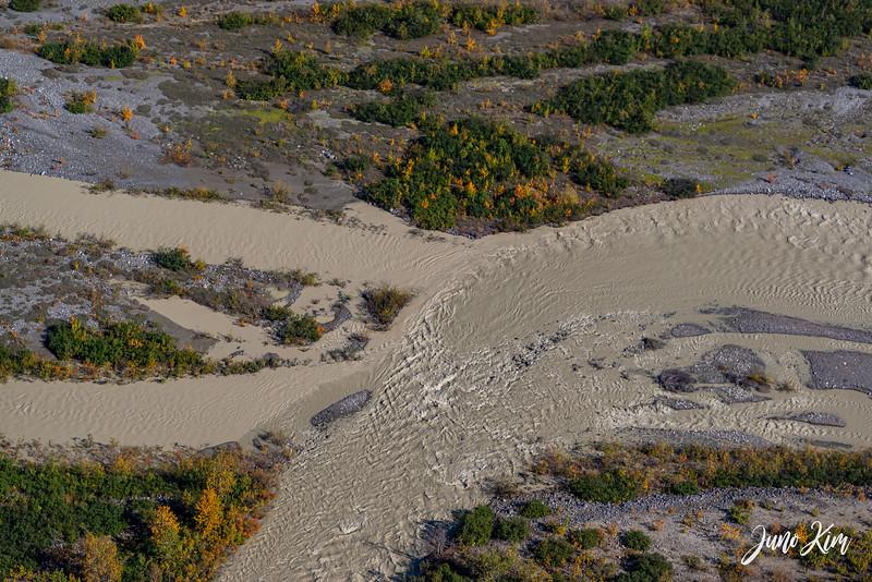 Rust's_Beluga Lake__6100838-2-Juno Kim.jpg