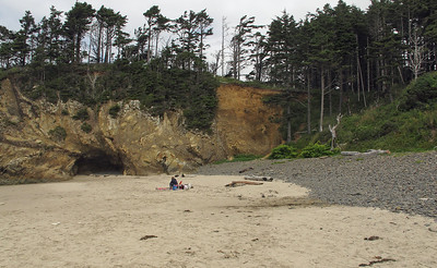 Hug Point State Recreation Site and Canon Beach Viewpoint, Oregon