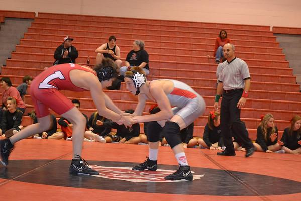 Duncan wrestling vs Lawton High