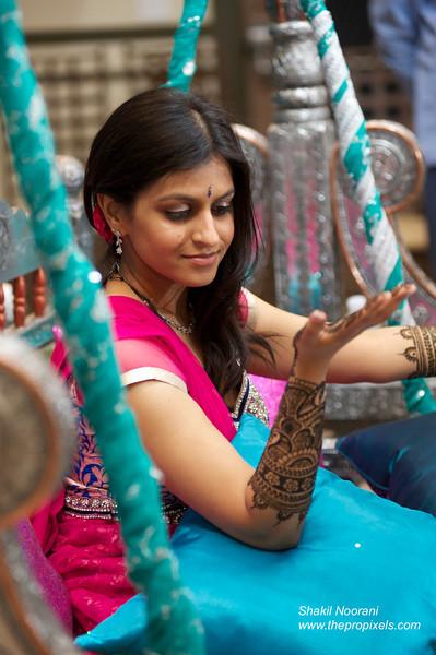 Jalpa-Mehndi-2014-04-00530.JPG