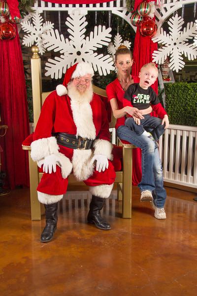 Santa 12-16-17-331.jpg