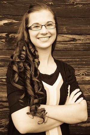 Cassie - Senior Pics