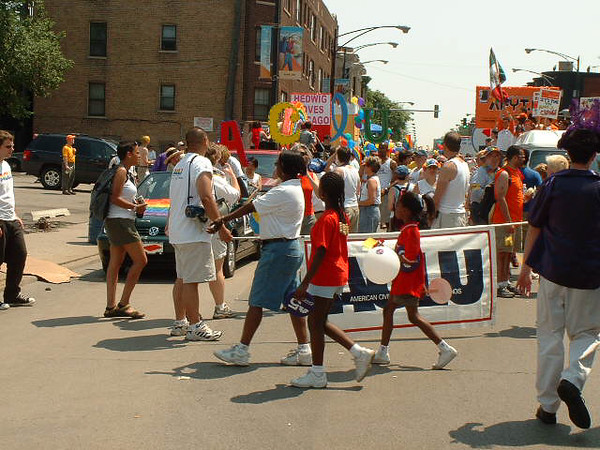 Pride Parade 2001-24-1.jpg