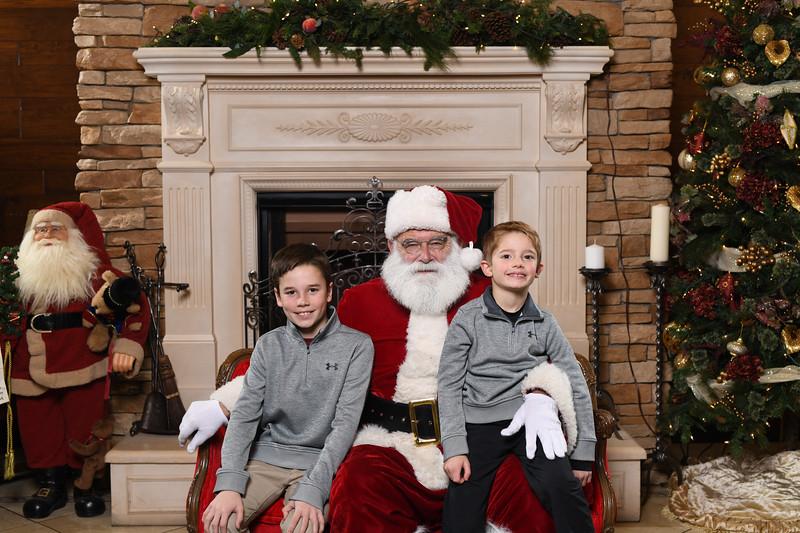 Santa2018.TylerBoye.-38.jpg