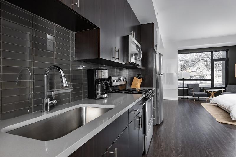 Sonder-Denver-Atelier-Unit253-Kitchen-2855.jpg