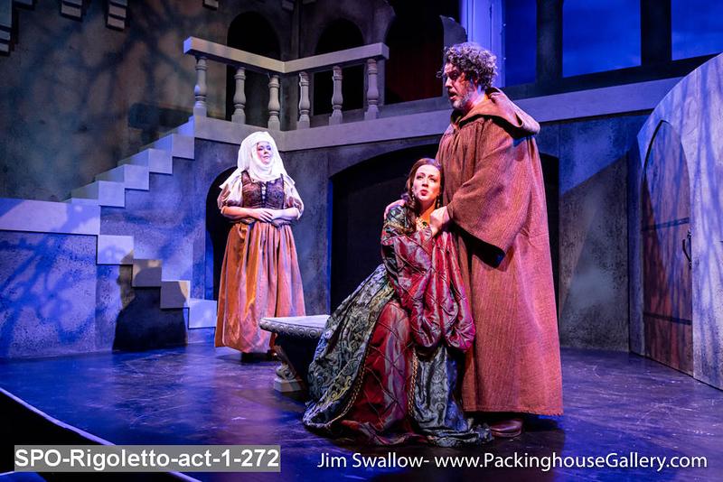 SPO-Rigoletto-act-1-272.jpg