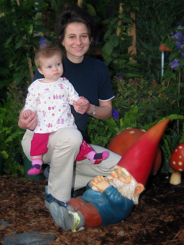 11/16 - Visiting a gardening store. Lili tries to wake up the gnome