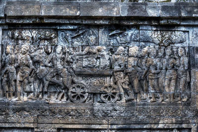 Queen Maya riding horse carriage retreating to Lumbini to give birth to Prince Siddhartha Gautama