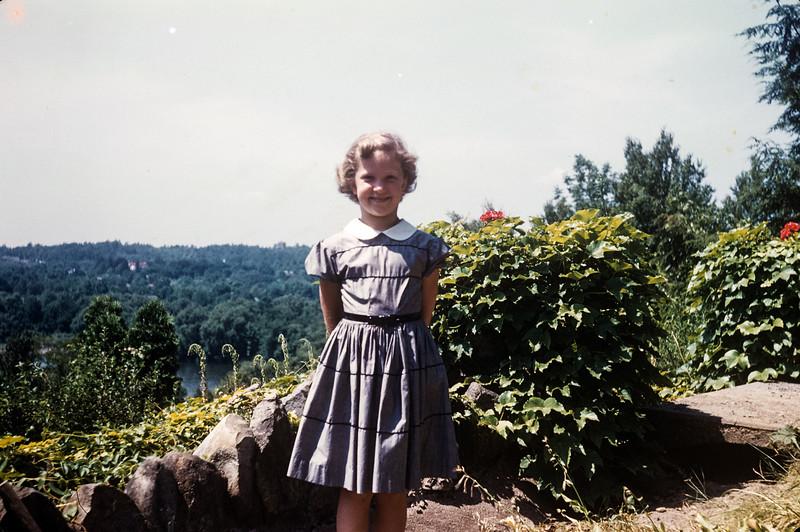 1954 Sue Ricca.jpg