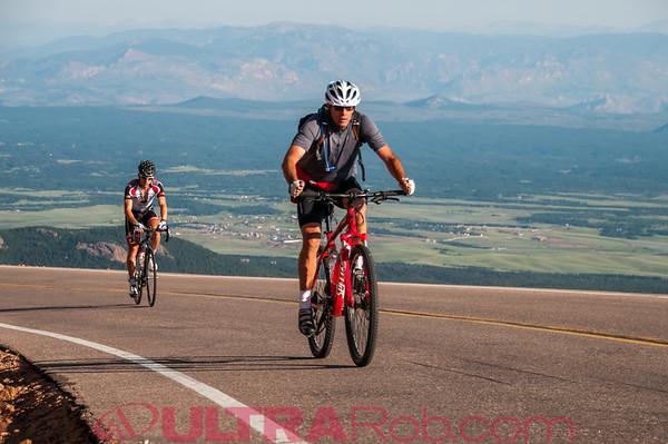 Pikes Peak Cycling Hill Climb 2013