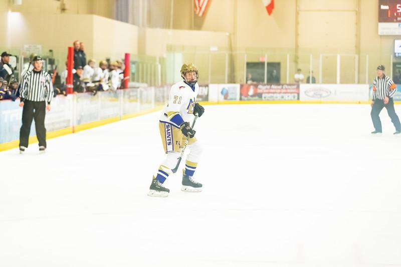 Div1 Hockey v DV-_08I9432.jpg