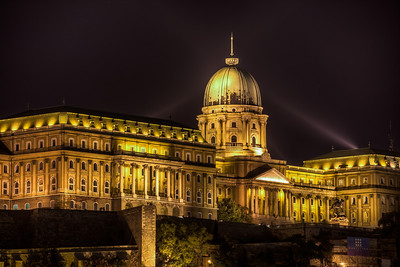 (3) Budapest Castle (Night river view)