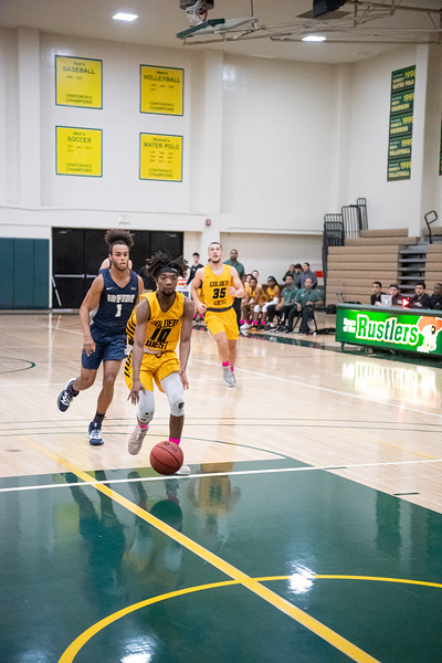 Basketball-M-2020-01-31-8397.jpg
