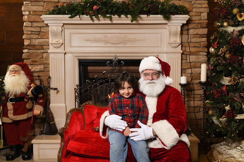 Santa2018.TylerBoye.-152.jpg