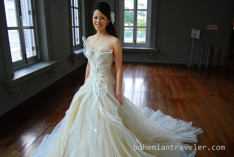 bride at the Singapore Museum (2).jpg