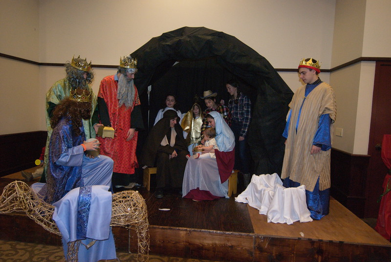 2014-12-21-Christmas-Pageant_166.jpg