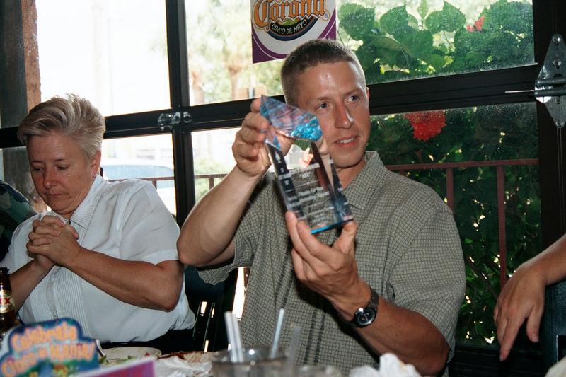2002 05 20 - Lt Shannons lunchon 04.JPG