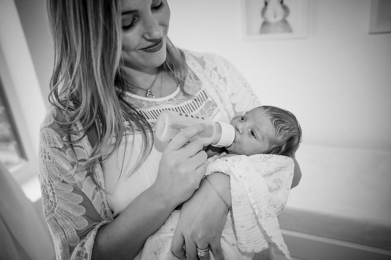 bw_newport_babies_photography_hoboken_at_home_newborn_shoot-5365.jpg