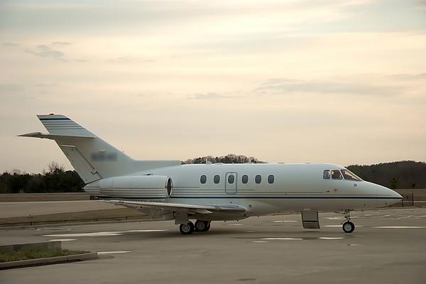 2006-03-14 Utah in Hawker 800 Company Plane
