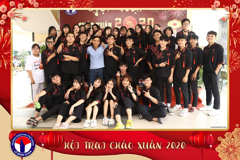 THPT-Le-Minh-Xuan-Hoi-trai-chao-xuan-2020-instant-print-photo-booth-Chup-hinh-lay-lien-su-kien-WefieBox-Photobooth-Vietnam-168.jpg
