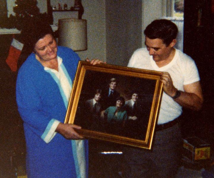 Joan & Bill 30th Wedding Anniversary Gift.jpg