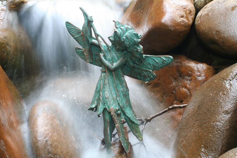 Waterfall statue at Marlyn and Pam's