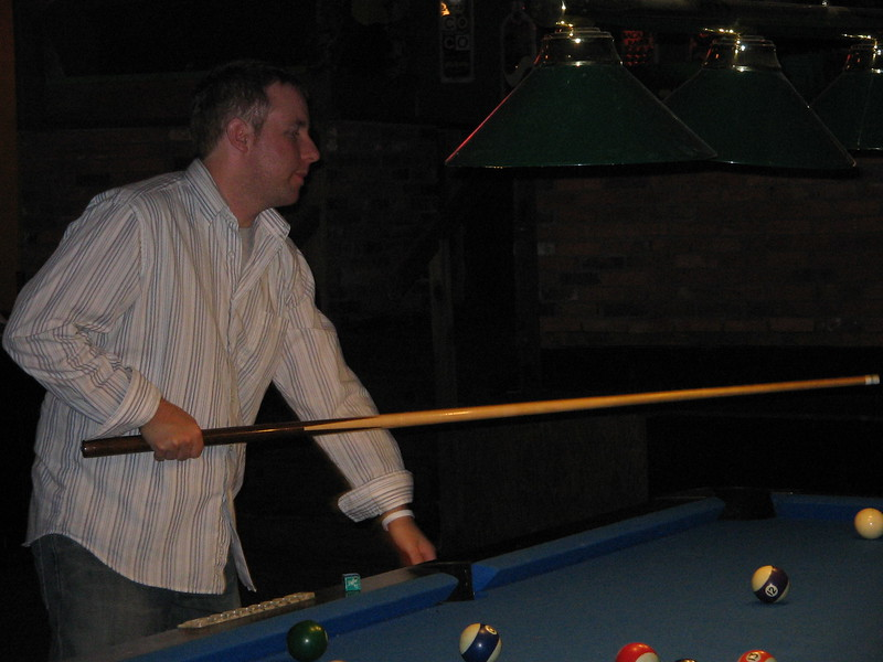 playing-pool_1808140091_o.jpg