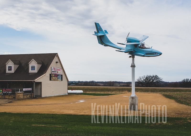 A bar with a plane (name unknown)