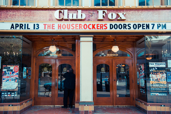 Houserockers at Club Fox