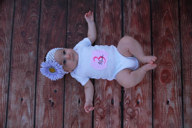 Evie-3 months (150).JPG