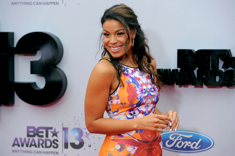Description of . Jordin Sparks arrives at the BET Awards at the Nokia Theatre on Sunday, June 30, 2013, in Los Angeles. (Photo by Chris Pizzello/Invision/AP)