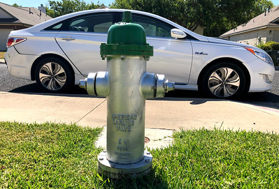 2018 08 27 Mom vs Fire Hydrant