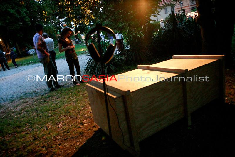 0131-zooart-01-2012.jpg