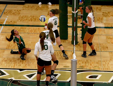 Zeeland West vs Holland Christian Volleyball