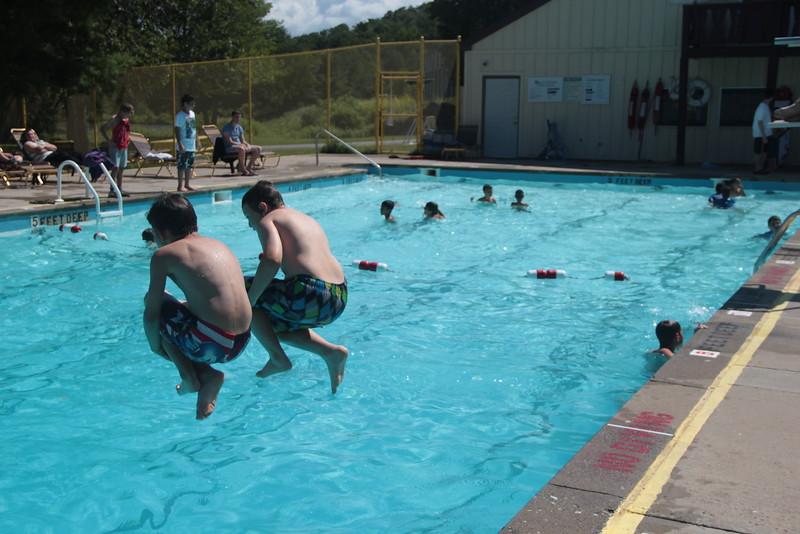 kars4kids_thezone_camp_2015_boys_boy's_division_swimming_pool_ (89).JPG