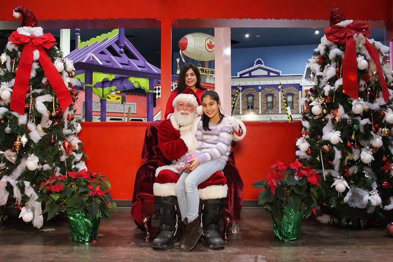 Santabooth-99.jpg