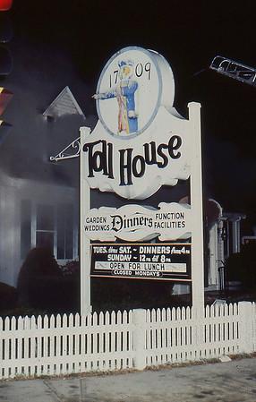 Whitman Toll House 12/1985