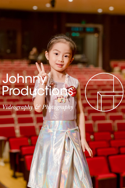 0027_day 1_orange & green shield portraits_red show 2019_johnnyproductions.jpg