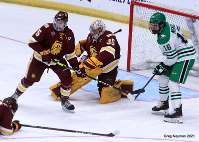 NCAA Hockey Midwest Regional Championship 2021 by GMN
