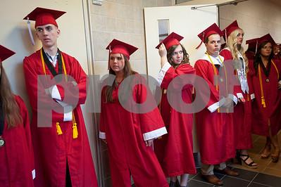 tornadostricken-van-celebrates-graduation